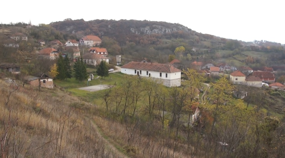 vrmdza village panorama, houses in vrmdza, vrmdza village